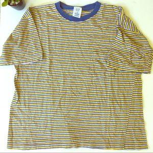 5/$25 Gap striped cotton crew neck T-shirt